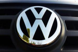 Volkswagen_VW_grill_aangepast